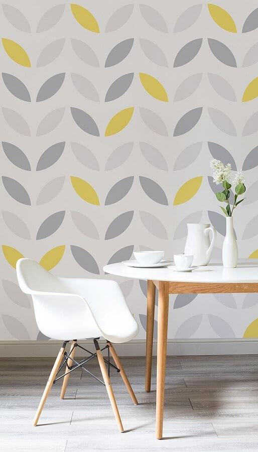 papel de parede em tons de amarelo e cinza  Foto Apartment Therapy