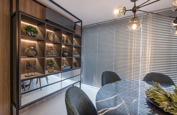 As plantas artificiais podem decoram lindamente os nichos para sala
