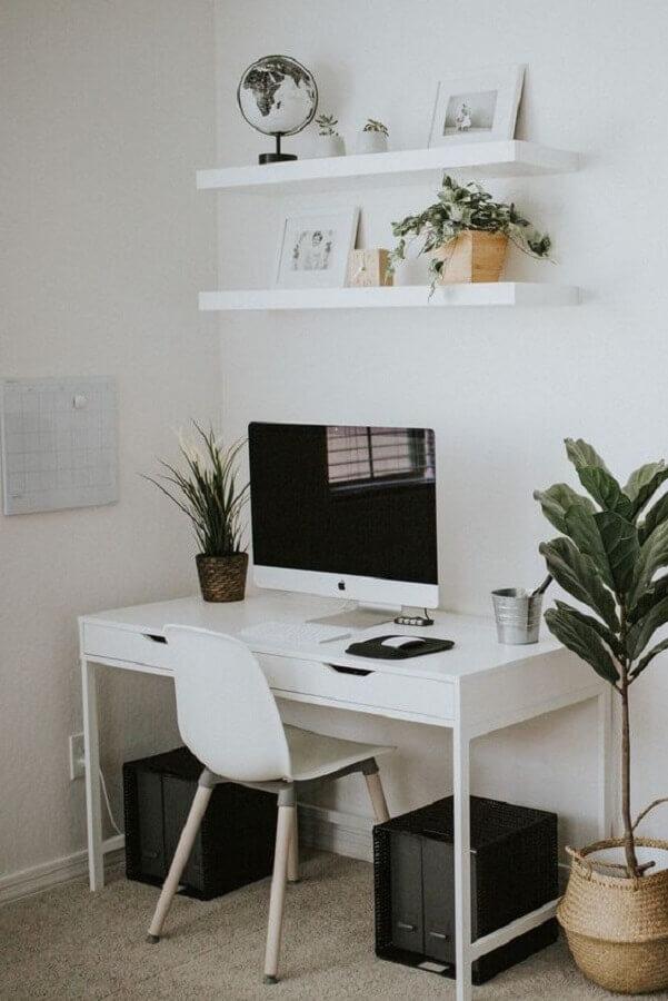 escrivaninha branca para cantinho de estudo  Foto Pinterest