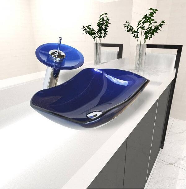 pia de banheiro de vidro azul