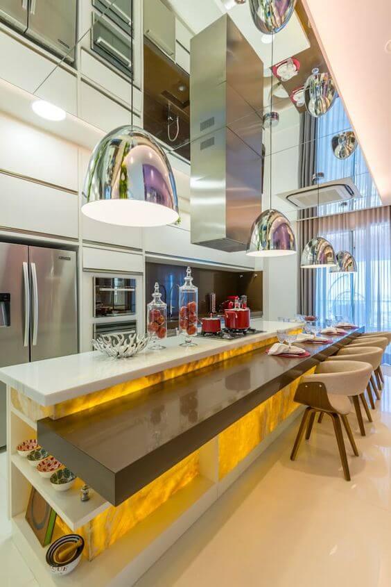 Cozinha moderna na mansão