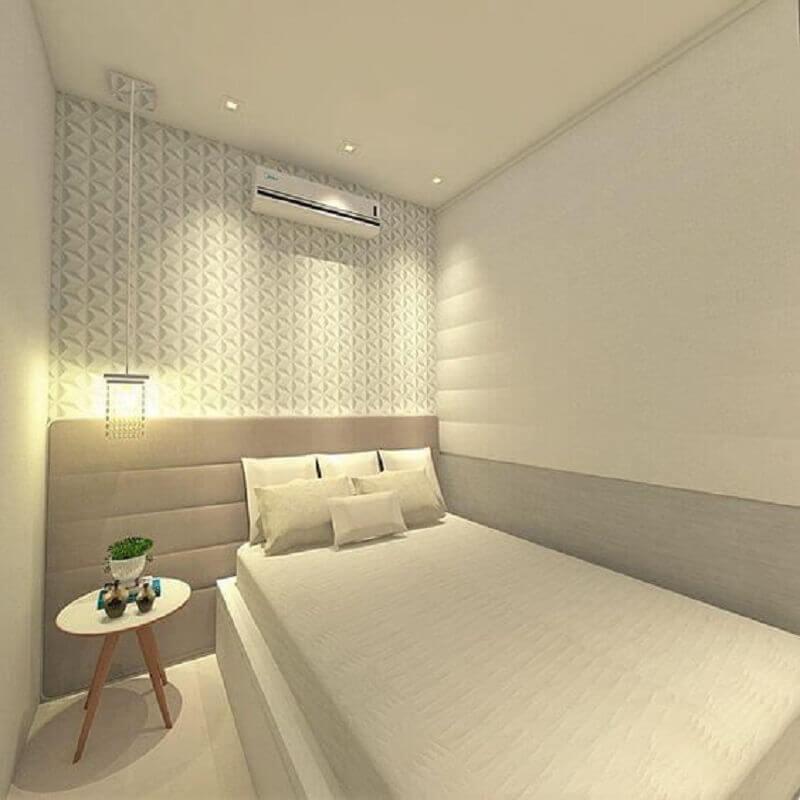 decoração quarto branco com mesa de cabeceira retrô Foto Pinterest