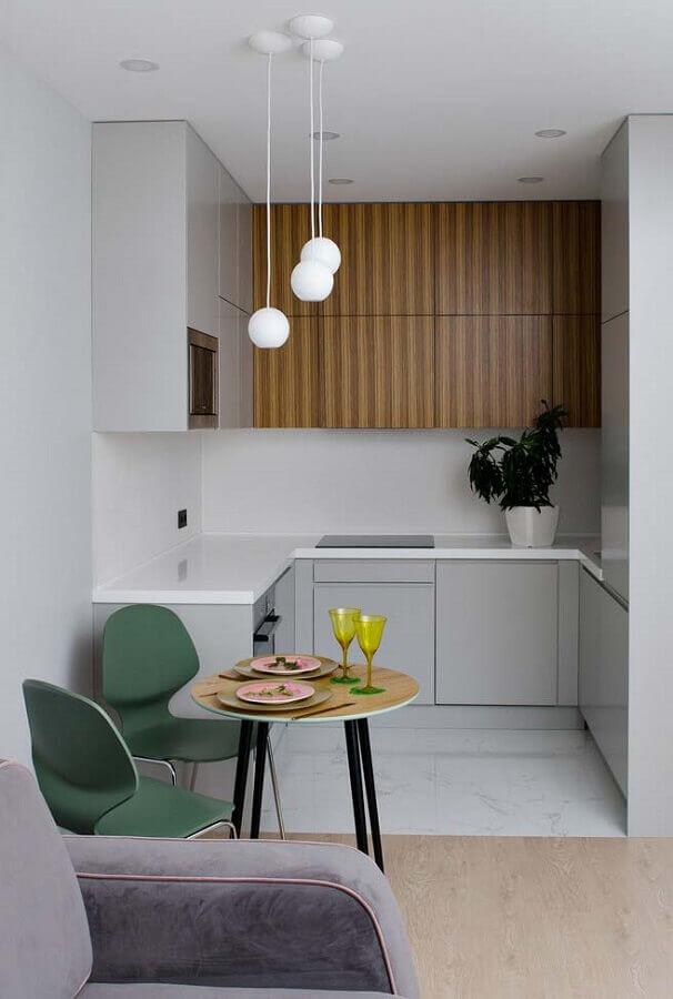 ideias para cozinha pequena em U com mesa redonda Foto Futurist Architecture