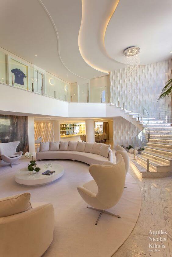 Sala de estar com decoração luxuosa