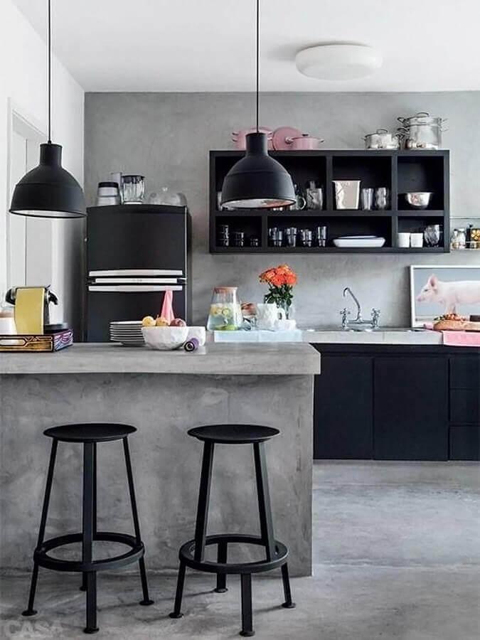 armários pretos para cozinha em tons de cinza moderna  Foto Pinterest