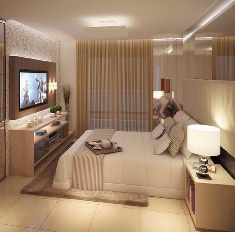 decoração com tapete para quarto bege  Foto Aprimore Decor