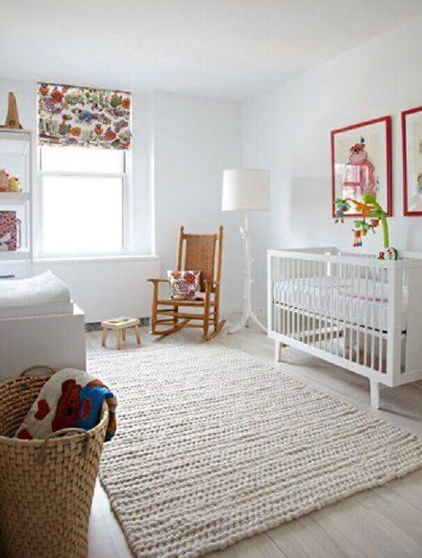decoração de quarto de bebê com tapete de crochê bege claro  Foto Pinterest