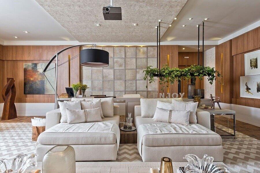 decoração moderna para sala grande com tapete bege geométrico Foto Casa Casada