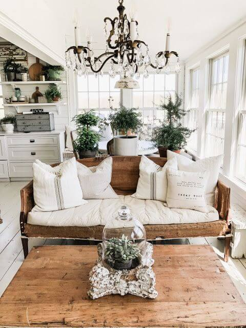 Lustre para sala de estar antigo e rústico