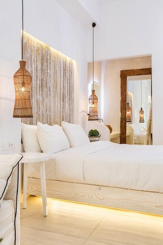 Lustre rústico pendente para decorar ao lado da cama branca
