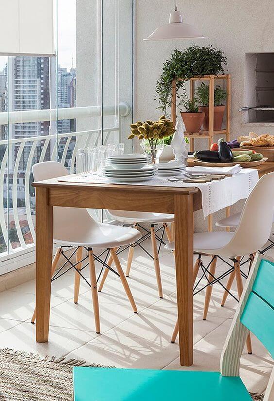 Mesa para varada gourmet de madeira para ambiente moderno