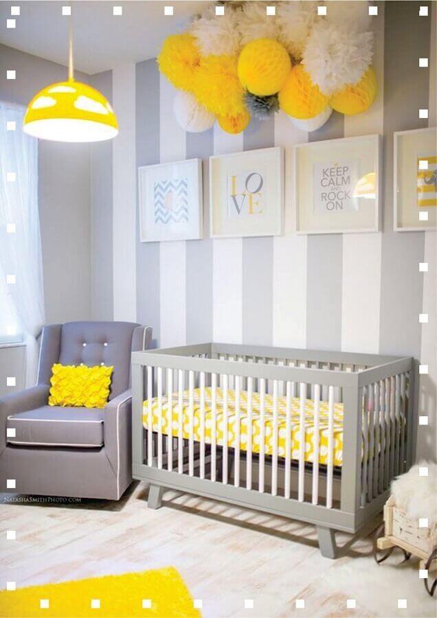 quarto bebe decorado em tons de cinza e amarelo  Foto Mariana Diniz Arquiteta