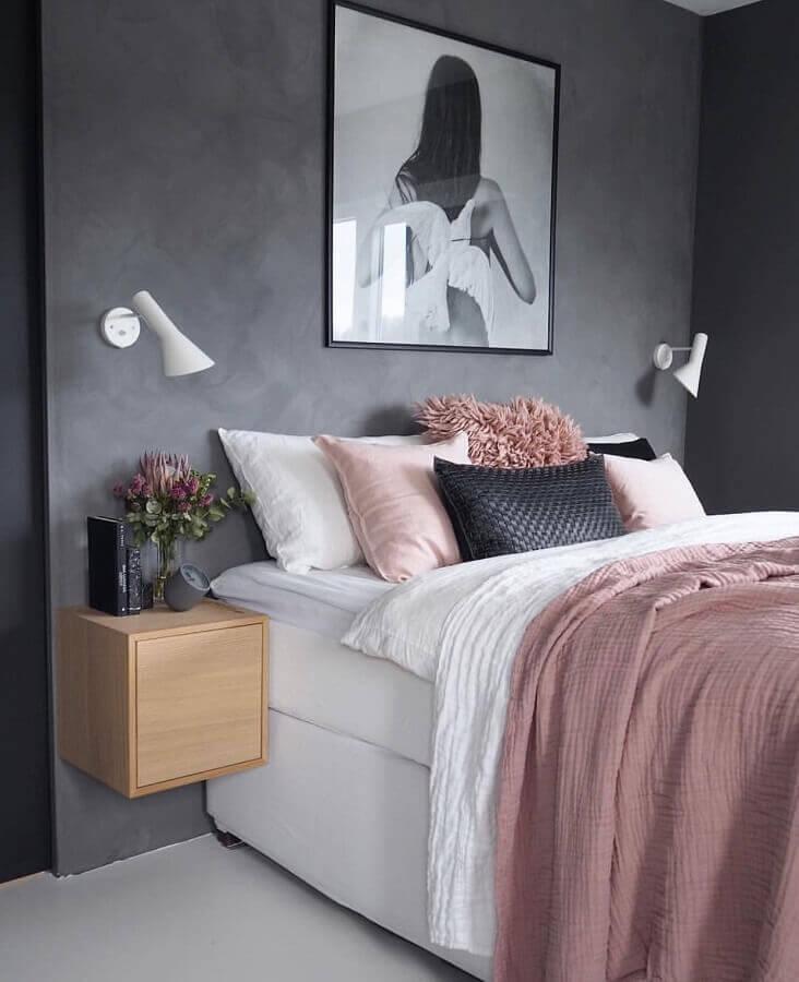 quarto feminino decorado em tons de cinza e rosa  Foto Pinterest