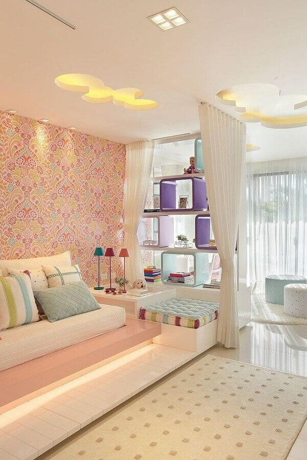 tapete bege claro para quarto feminino planejado  Foto Claudia Pimenta e Patrícia Franco