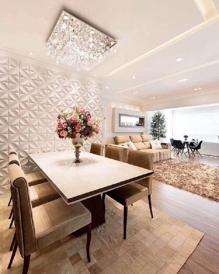 tapete bege claro para sala de jantar decorada com revestimento 3d  Foto Pinterest