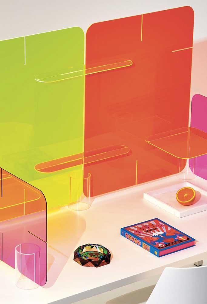 Divisórias coloridas para mesa de escritório