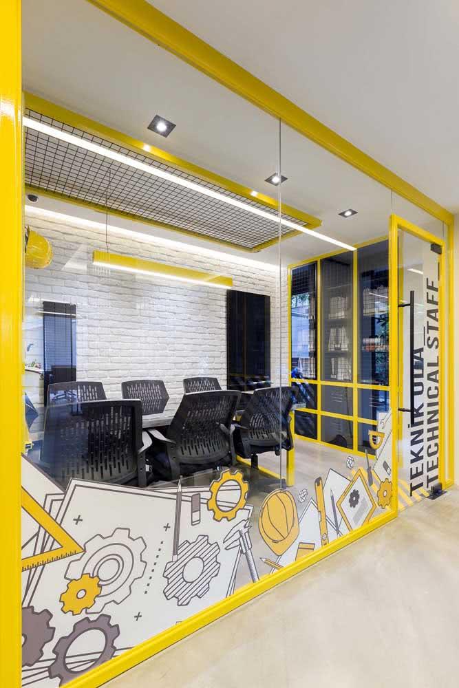 Divisórias para escritório amarelas