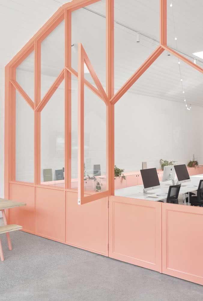 Divisórias para escritório cor de rosa