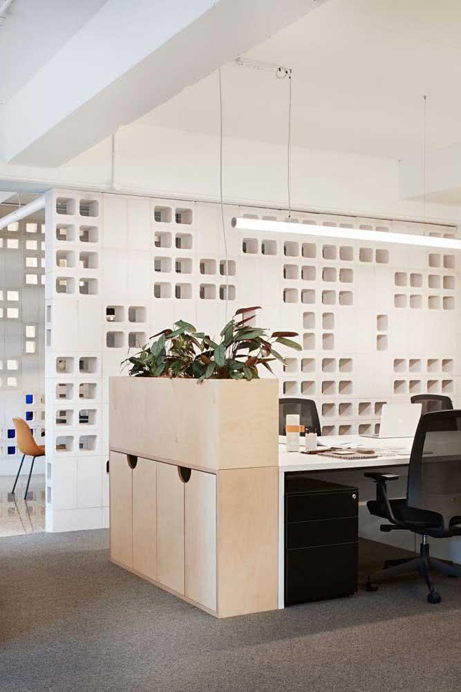 Divisórias para escritório de gesso branco