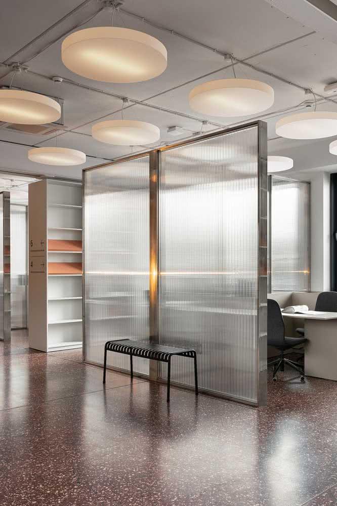 Divisórias para escritório de vidro e ferro