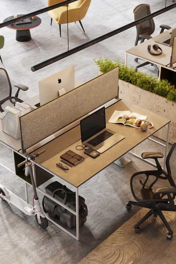 Divisórias para escritório na mesa