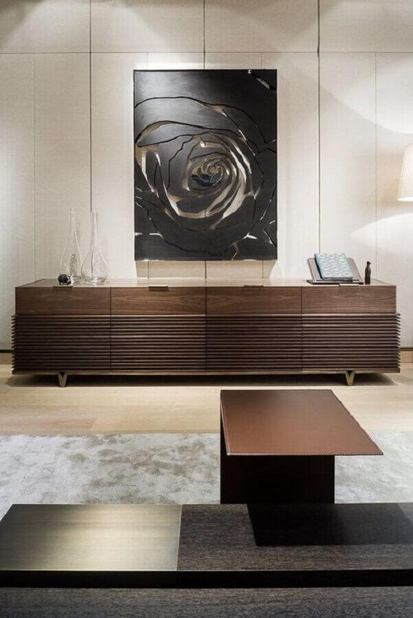 buffet de madeira escura para decoração de sala de jantar grande Foto Behance