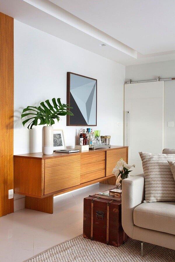 buffet de madeira para decoração de sala de jantar integrada com sala de estar Foto Casa de Valentina