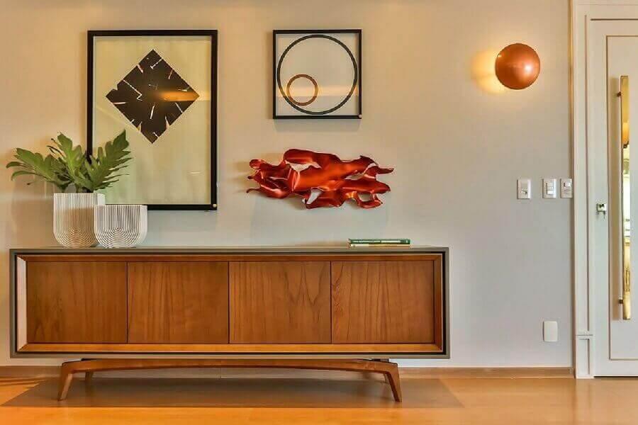 decoração moderna para hall de entrada com buffet de madeira Foto Casa de Valentina