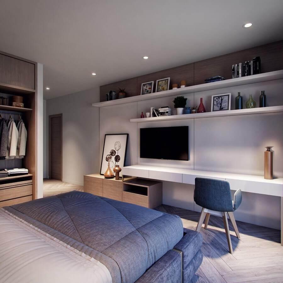decoração moderna para quarto de casal com escritório planejado Foto Behance