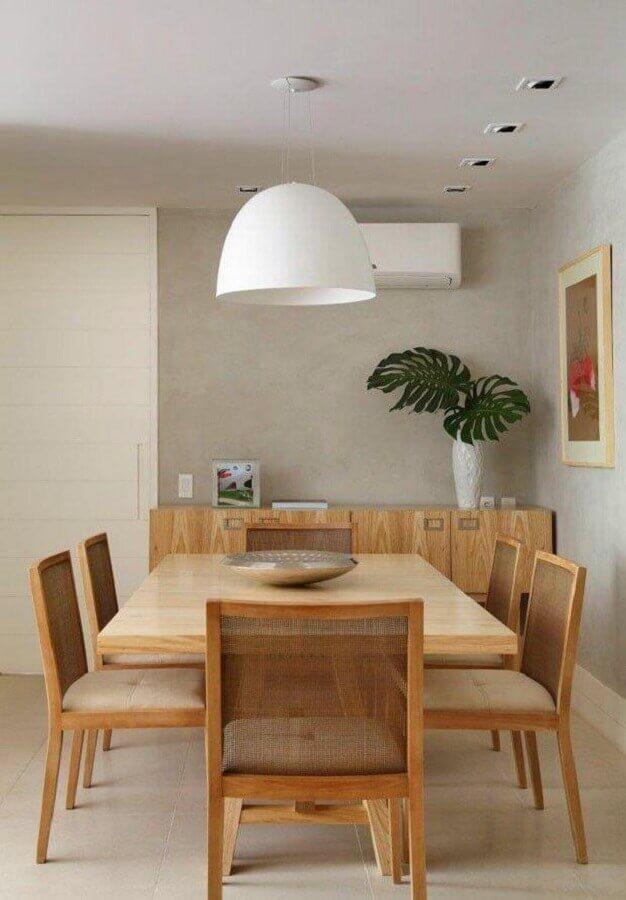 decoração moderna para sala de jantar cinza com buffet de madeira Foto Histórias de Casa