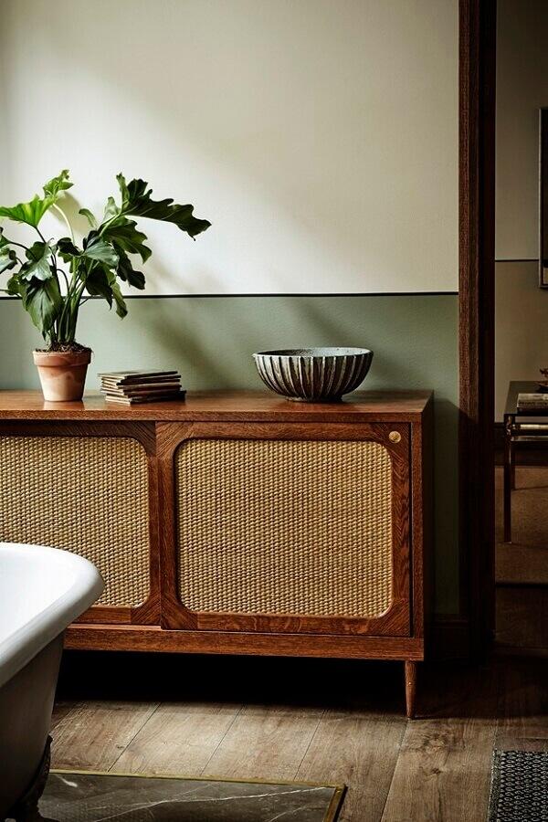 decoração simples com modelo antigo de buffet de madeira rústica Foto Pinterest