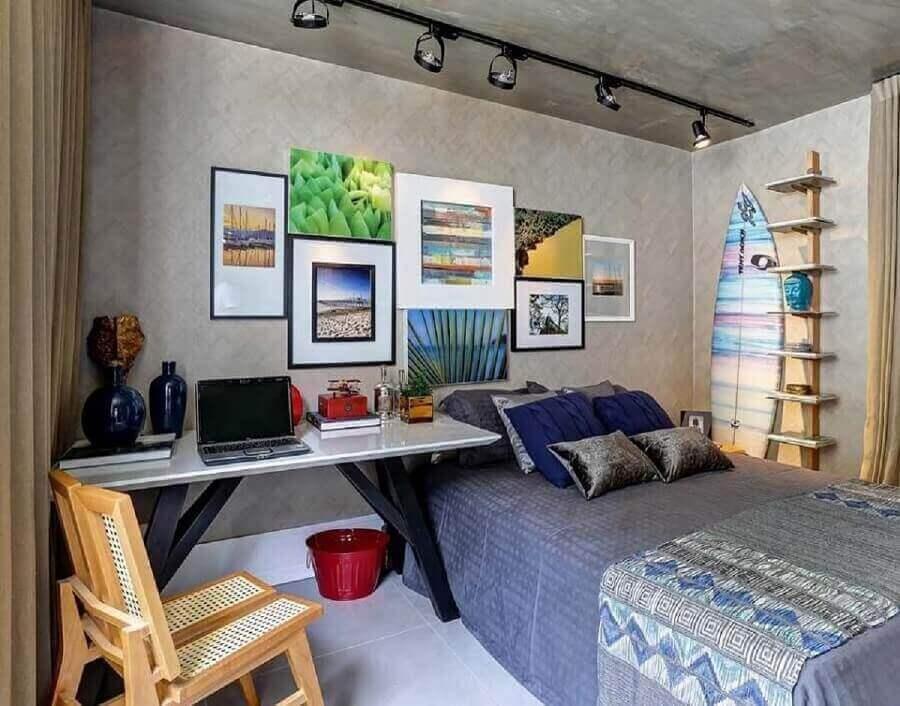 parede cimento queimado para decoração estilo industrial para quarto com escritório Foto Renata Amado e Rodrigo Picolo