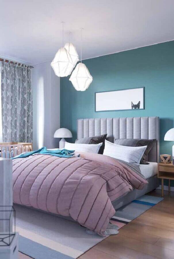 Decoração de quarto de casal azul e branco com cabeceira para cama box estofada Foto Decor Fácil