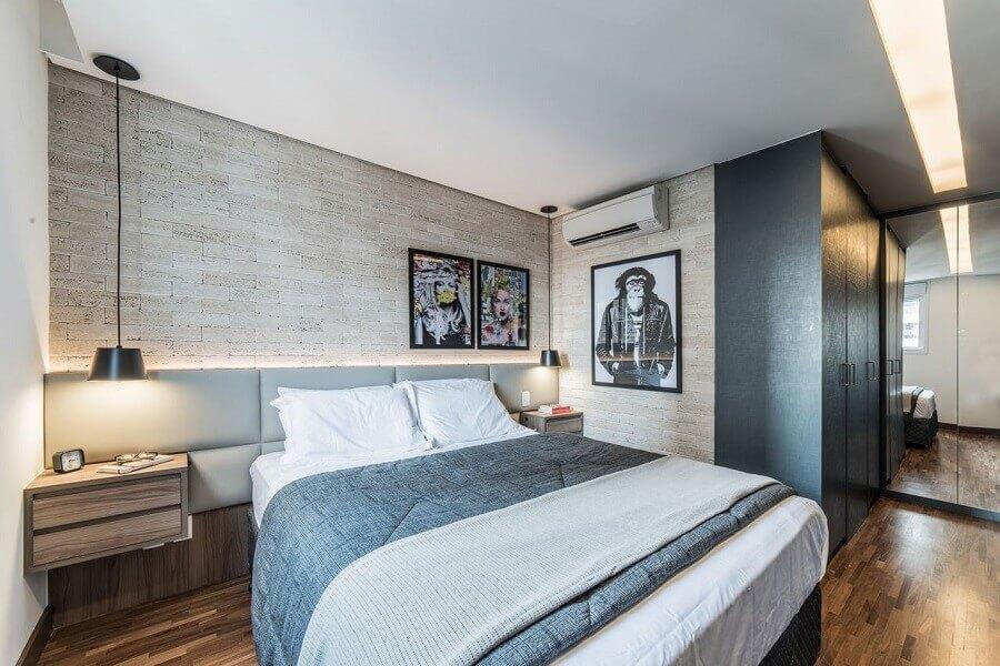 Decoração moderna para quarto de casal com cabeceira de camas box com criado mudo estofada Foto Pietro Terlizzi