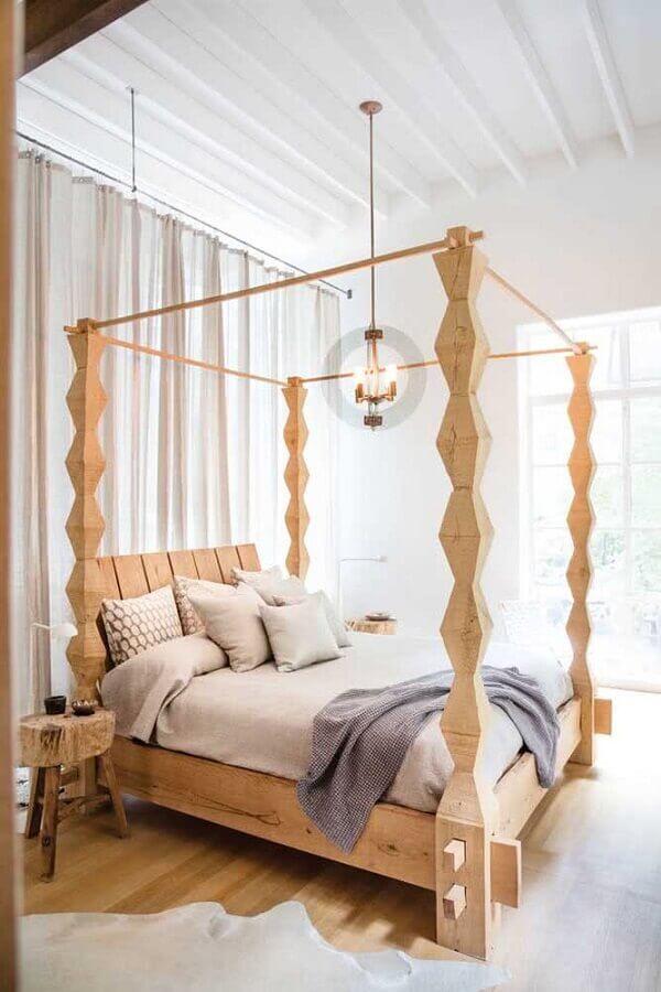 Cama com dossel de madeira para quarto de casal decorado com mesa lateral rústica Foto Ebay