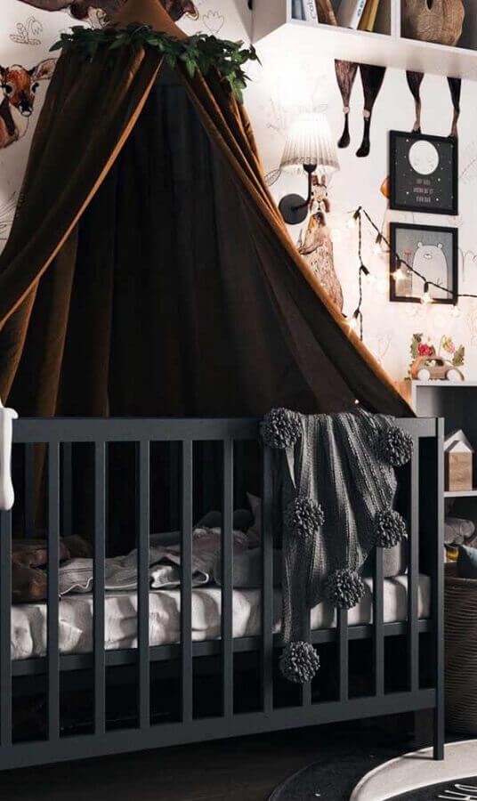 Quarto de bebê decorado com dossel para berço cinza Foto Decor Facil
