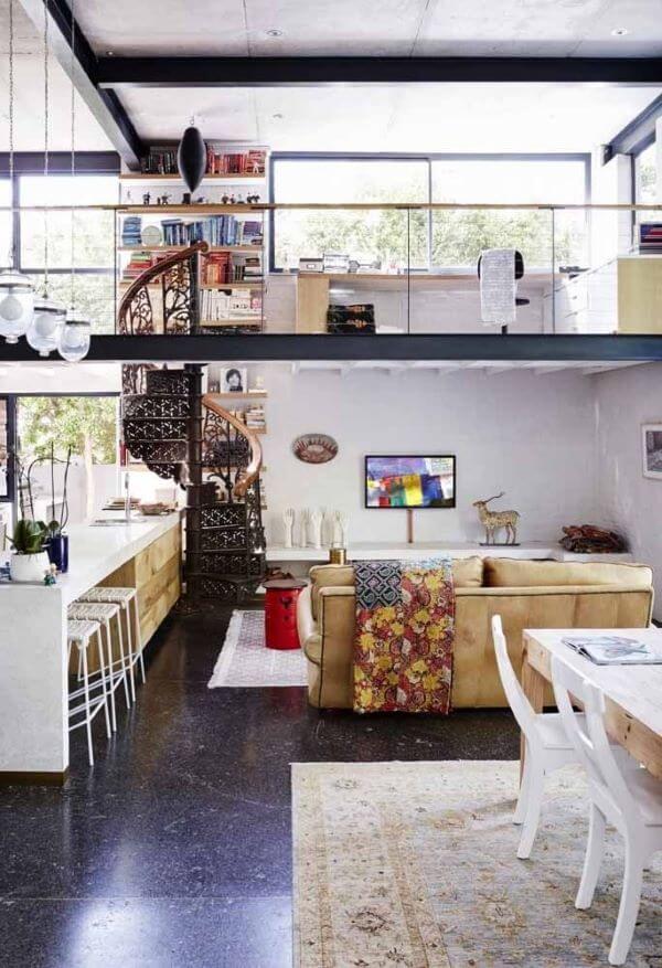 Loft decorado com móveis super modernos