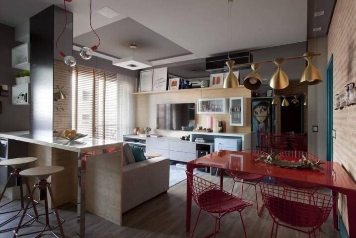 Loft com piso de taco Projeto de Juliana Pippi