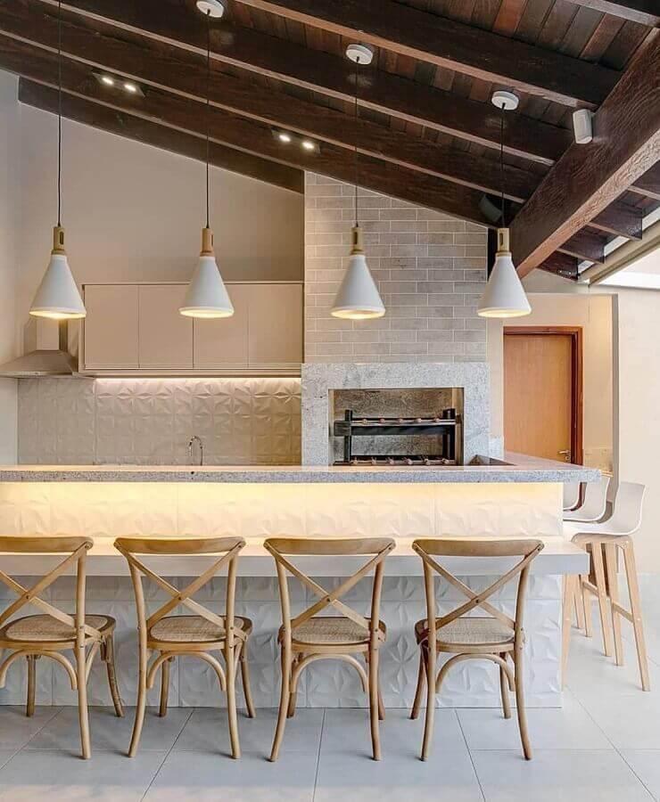 Cores neutras para decoração de área gourmet com churrasqueira Foto Decor Fácil