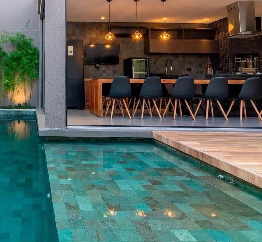 Decoração moderna para área gourmet com piscina Foto Dalimanan