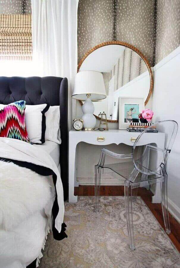 modelo redondo de espelho de parede para quarto com moldura bronze