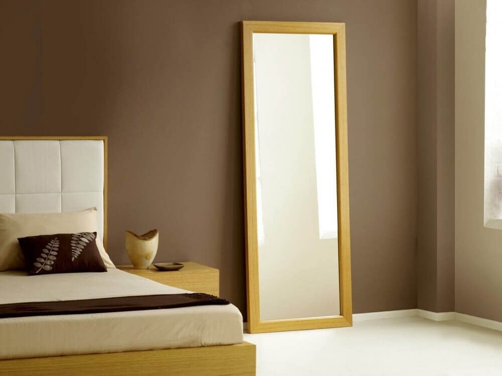 modelo simples de espelho para quarto