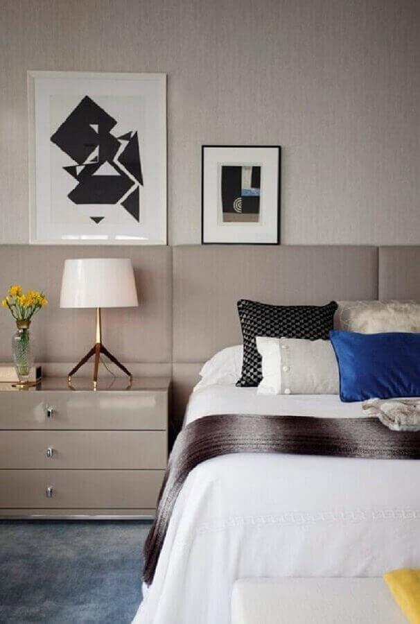 Cores neutras para decoração com gaveteiro para quarto de casal planejado Foto Casa e Jardim