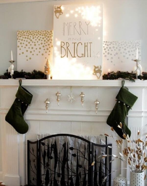 Tela iluminada com luzes de natal