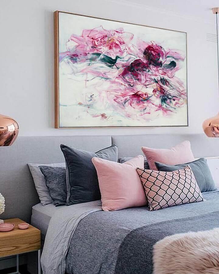 Decoração de quarto colorido de casal cinza e rosa Foto Decor Fácil