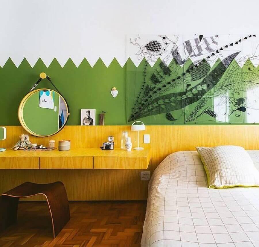Pintura de parede para decoração de quarto colorido com penteadeira planejada Foto Histórias de Casa